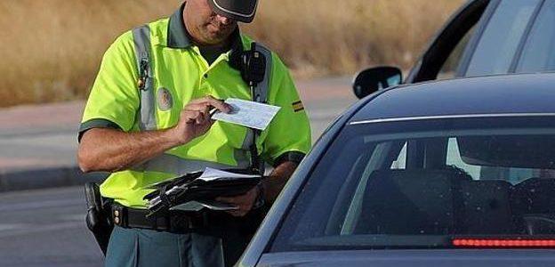 control guardia civil trafico
